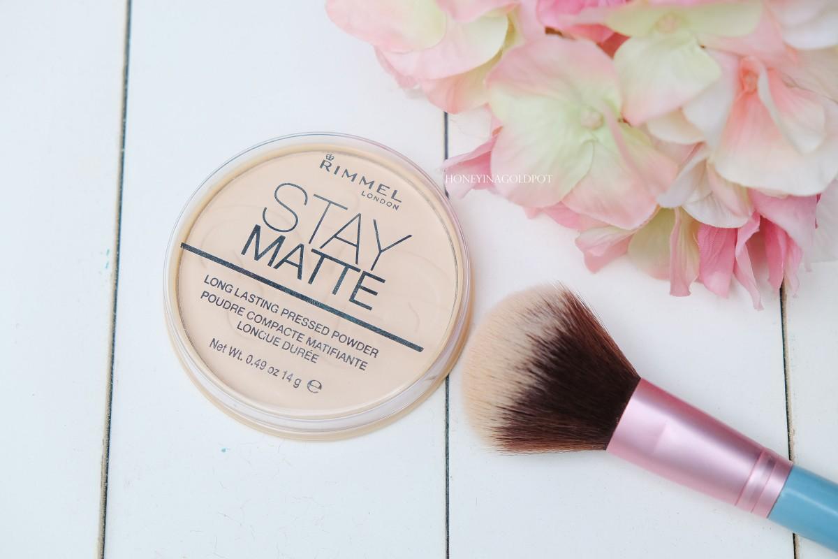 Review Rimmel Stay Matte Long Lasting Pressed Powder Honeyinagoldpot London